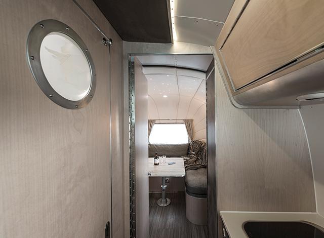 Airstream 280